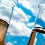 Análise de água contaminada